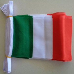 Italy flag bunting
